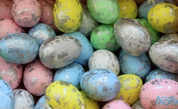 серебряные яйца
